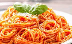Spaghetti ai 3 pomodori, basilico e farina di mandorla